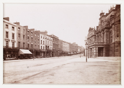 'Leamington, The Parade and Town Hall', c 1880.