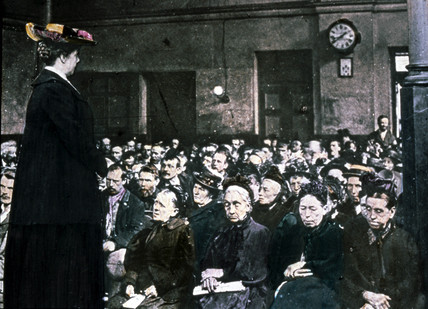 Woman addressing an audience of women, c 1895.