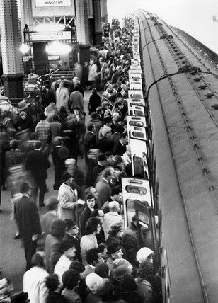Rush hour at Waterloo station, London, 31 January 1972.