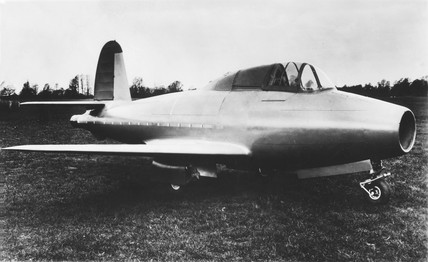 The Gloster-Whittle E28/39, c 1941.