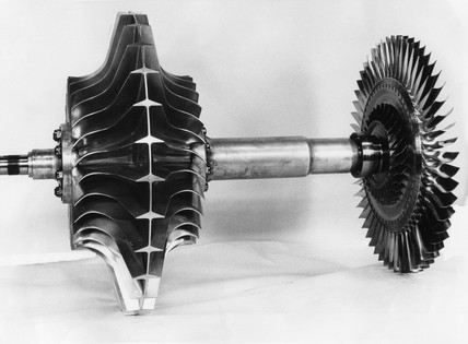 Rotor of Power Jets W2/700 jet engine, 28 October 1945.