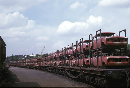 Car body train, Crescent Wharf, Luton, 1965.