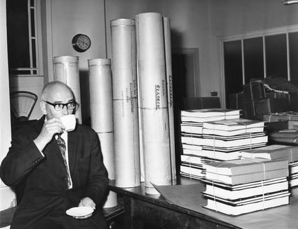 Ronald Marshbank guarding plans for Cunard Q4 liner, 9 September 1964.