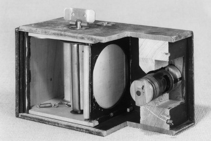 Kodak No 1 roll film camera, sectioned, 1888.