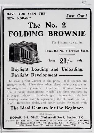 Advertisement for Kodak 'Brownie Folding No 2 Camera', 1904-1907.