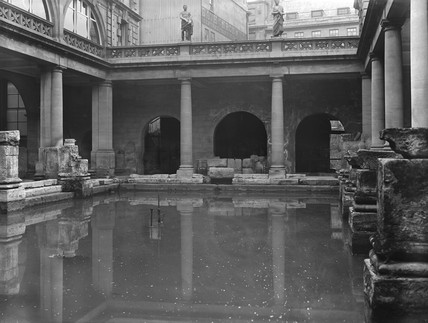 Roman baths at Bath, c 1906.