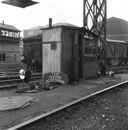 Foreman's hut at King's Cross station yard, 1 September 1950.
