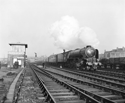 Yorkshire Pullman, Doncaster, South Yorkshire, 9 January 1961.