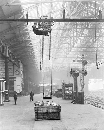 Parcel carrier, 1912