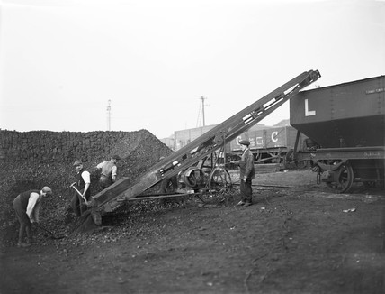Coal conveyor at Formby power station, 1920