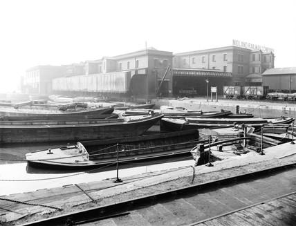 Midland Railway goods shed at Poplar Dock, London, 1898.