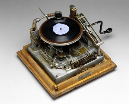 Gramophone burglar alarm, c 1939.
