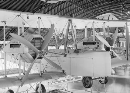 Vickers Vimy Rolls Royce Biplane, complete