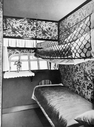 Sleeping cabin in the Zeppelin airship LZ 126, 1924.