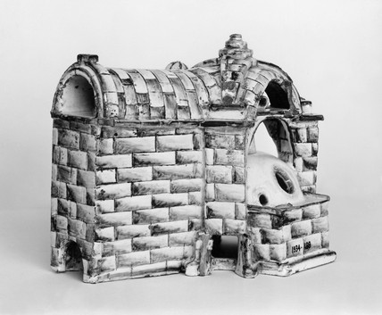 Glazed china model of a glas furnace, 1750-1800.