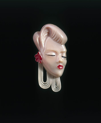 Pink polystyrene brooch, c 1940.