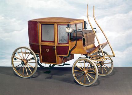 'Clarence' ambulance, c 1897.