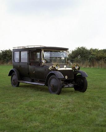 Lanchester 38 hp motor car, 1913.