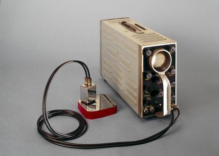 Ultrasonic flaw detector, 1959-1960.