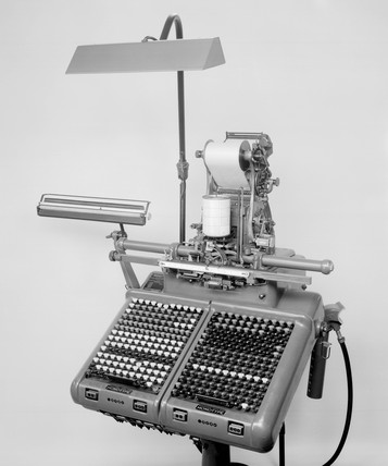 Monotype standard keyboard