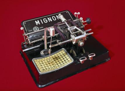 Mignon typewriter, 1904.