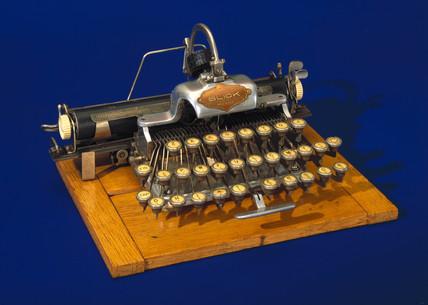 Featherweight Blickensderfer portable typewriter, 1893.