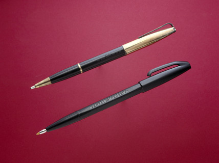 The first fibre-tip, 1962, and an early ball- point, c 1945.