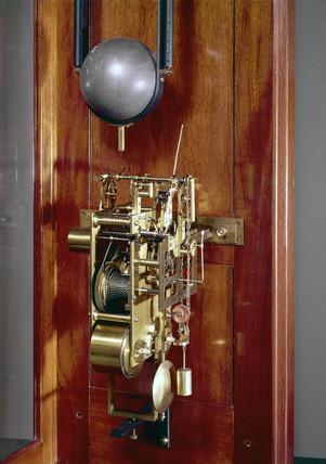 Free pendulum clock, English, 1899.