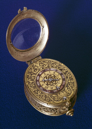 Oval alarm watch, French, early 17th century.