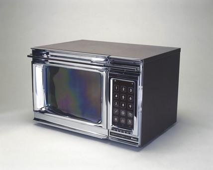 Amana Radarange Touchmatic microwave oven, 1978.