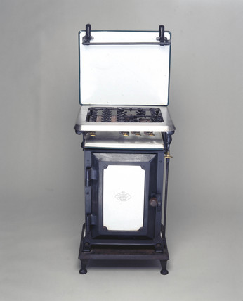 No 2 'Standard' gas cooker, National Gas Council design, 1927.