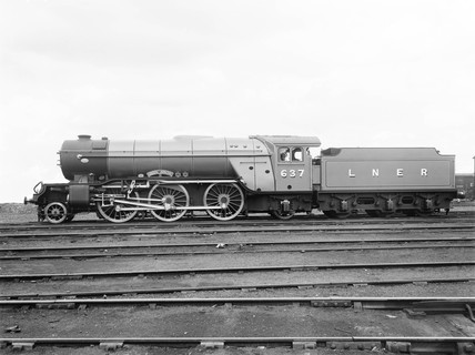 'Green Arrow', V2 class locomotive, 1 June 1936.