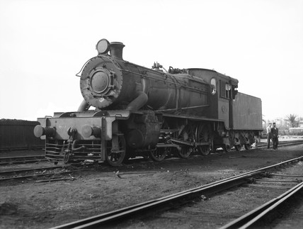 A class 625 locomotive at Port Said, Egypt, 1940.