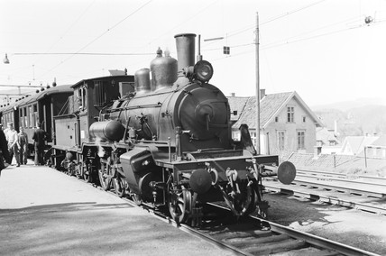 Class 21a locomotive at Nesttun, Norway, 1954.
