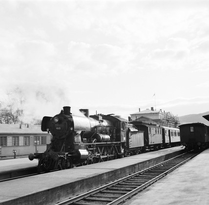 Class 30c locomotive at Trondheim Station, Norway, 1954.