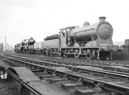 Two King Arthur class locomotives, 1926