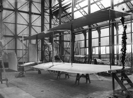 Cody aeroplane No1, wing section under construction, 1908.