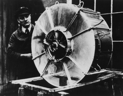 Von Ohain's first experimental turbojet, c 1935.