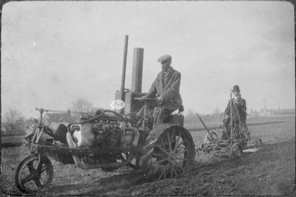 Ivel tractor in use, c 1900s.