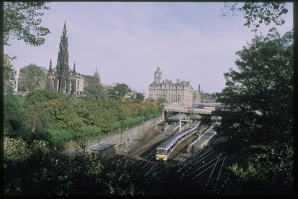 Edinburgh Waverley Station, 2001.