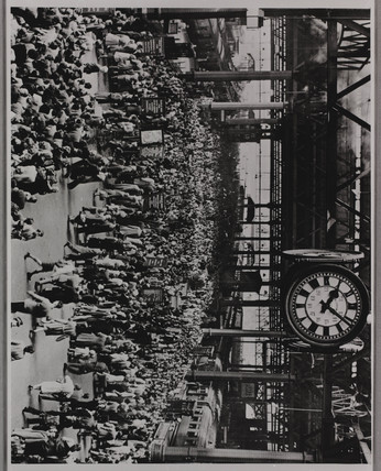 Holiday crowds at Waterloo Station, London, 1946.