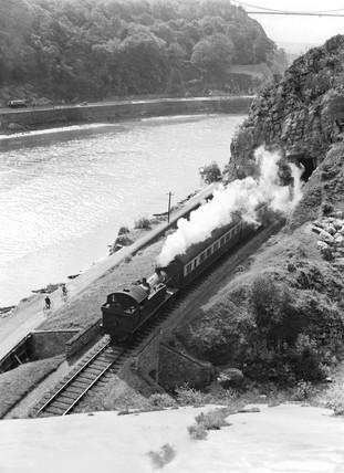 Passenger train in the Avon Gorge, c 1934.