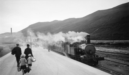 Train at a station, Peel, Isle of Man, c 1920.
