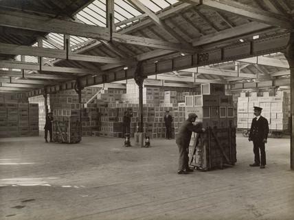 Valor Company Ltd's goods depot, Lawley Street, Birmingham, c 1935.