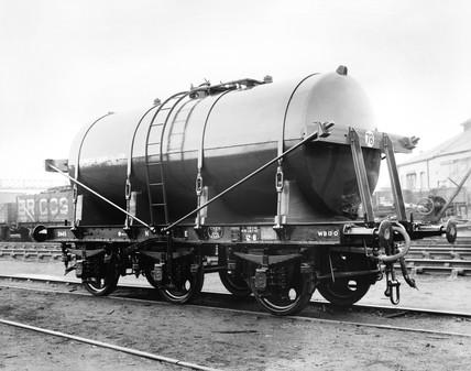 Express Dairies milk tank, c 1900.