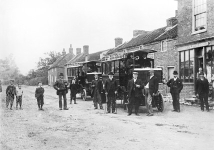 Railway buses at Beeford, 1903.