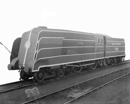 Southern Railway 'Schools' class locomotive 4-4-0, 1938.
