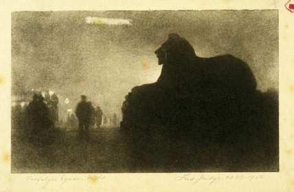 'Trafalgar Square - Night', 1923.