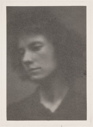 Oblique portrait of a woman, c 1900.