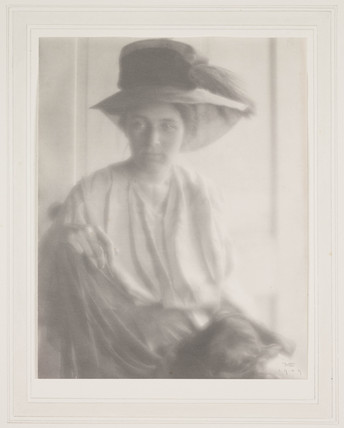 'Portrait - Mrs R' [Beatrice Baxter Ruyl], 1909.